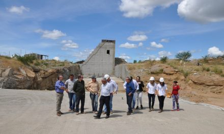 VISITA AS OBRAS DA BARRAGEM DE OITICICA- DIA 10.05.2017
